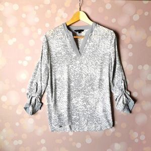 Kenneth Cole Select Women gray white blouse Small